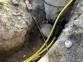 Ein Leerrohr fuer die Pumpe, eins fuers Telefonkabel und ein Wasserrohr