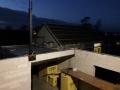 Mit LED-Scheinwerfern lässt es sich auch im Dunkel weiterbauen